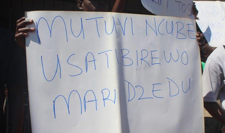 Zimbabwe companies want tax system to include informal economy