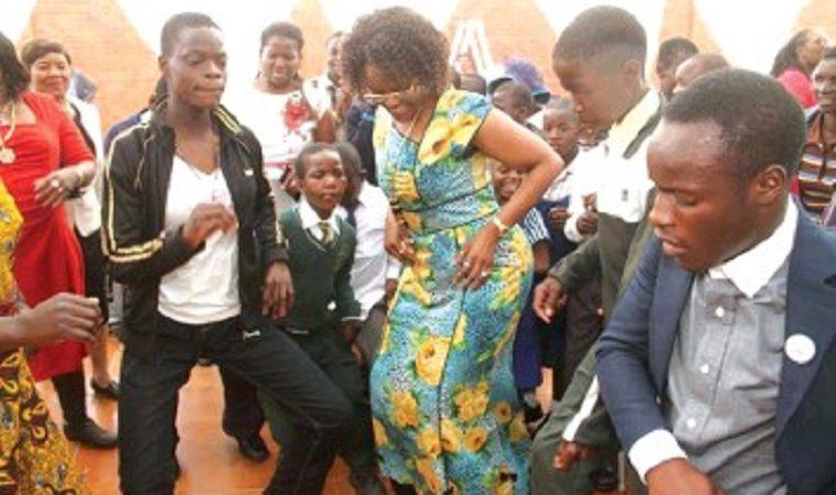 Grace Mugabe enjoying herself while the nation waits