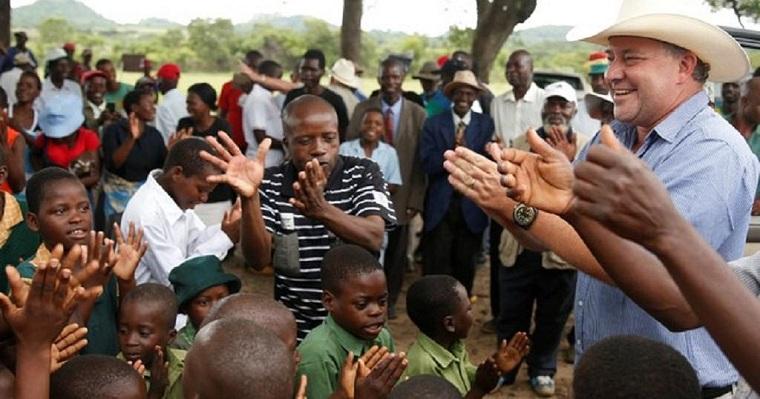 White Zimbabwean farmers return to the land as tenants of black beneficiaries
